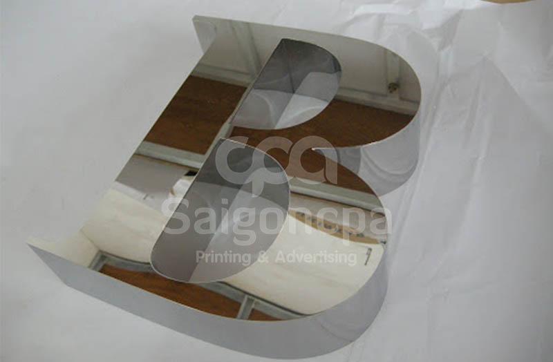 Gia-cong-chu-noi-inox-2-1.jpg